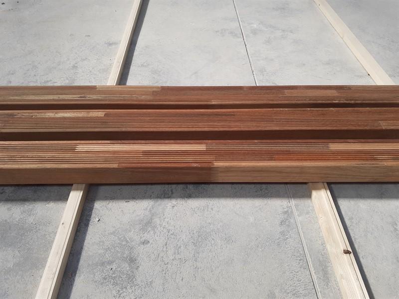 Lemn redwood