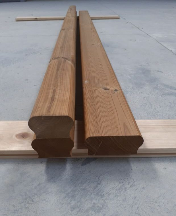 Mana curenta lemn pin